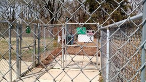 Entrance to the Maplewood Dog Park